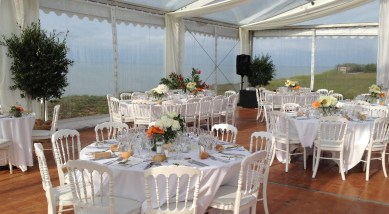 Reception capacity for parties and weddings outdoors