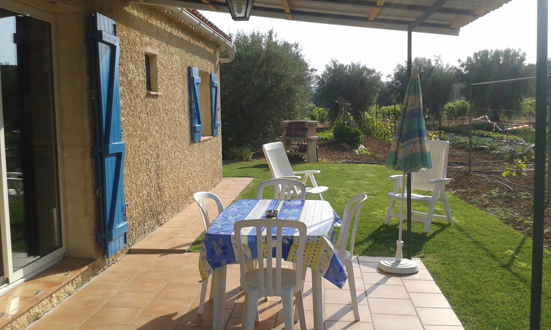 Location Gte NG1118 La Cadiere Dazur Gtes De France