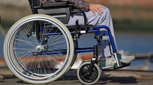 Fauteuil roulant - Accessibilité et inclusion des personnes en situation de handicap