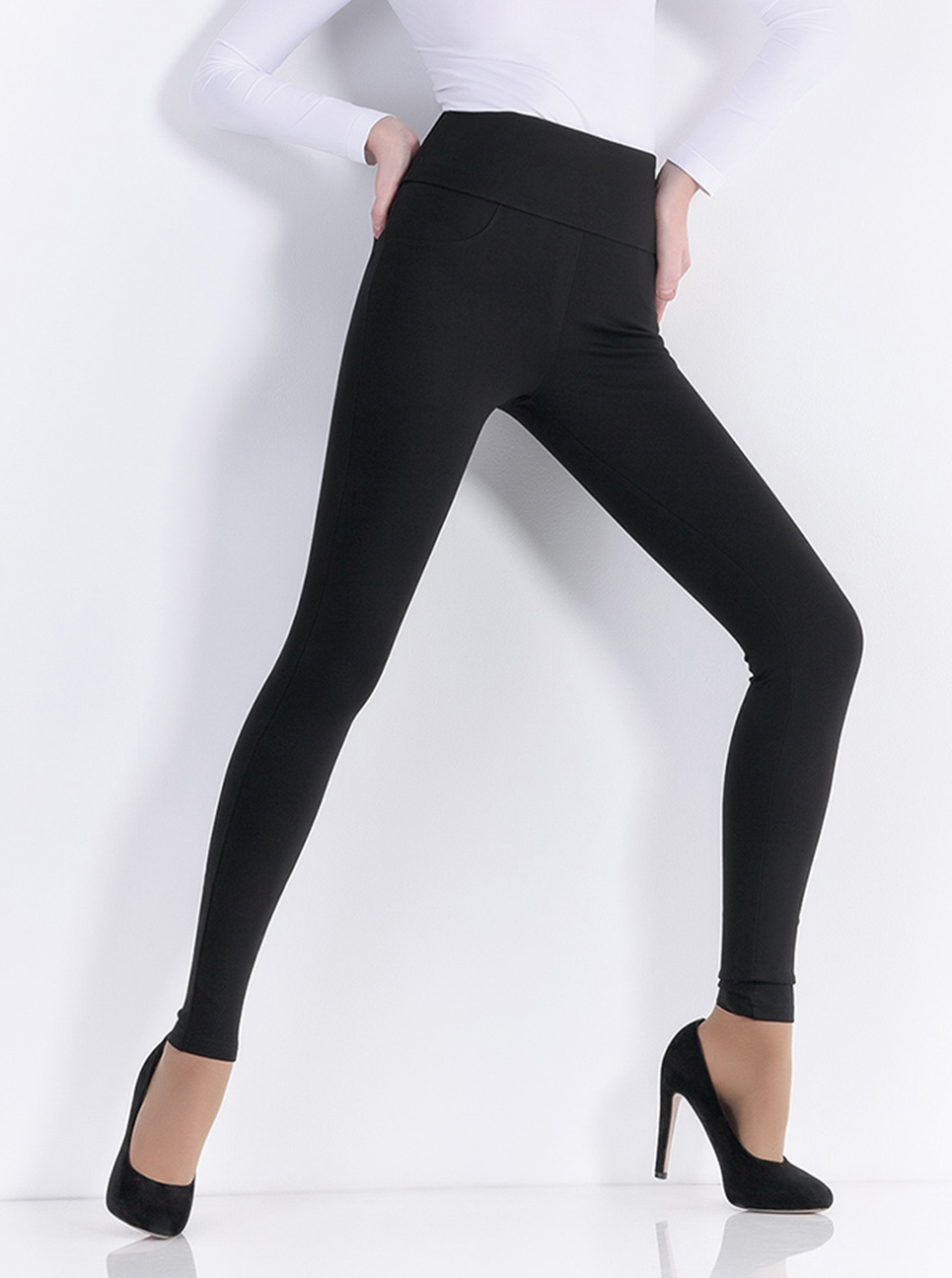 GIULIA LEGGY PLUSH MODEL 01 bélelt leggings