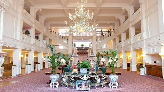 Camere Disneyland Hotel : Disneyland paris per adulti come scegliere l hotel migliore
