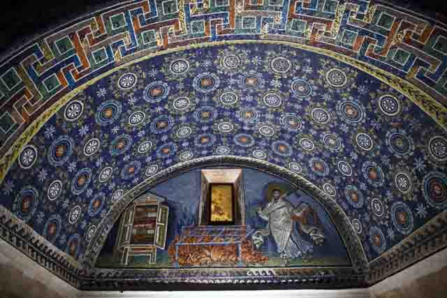 Ravenna, mosaics in the moonlight