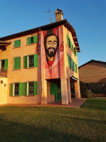 pavarottiaffresco (2016 x 1512)