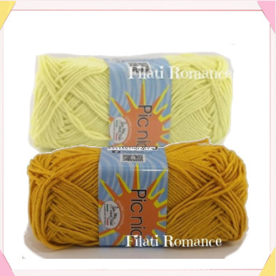 due tipi di giallo disponibili / two different yellow yarn to use