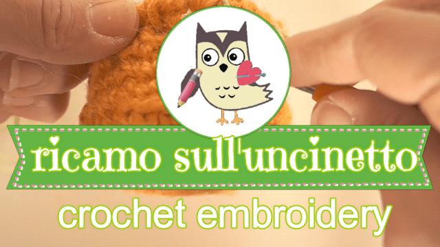 Guarda il video tutorial al minuto 08:15 per vedere come fare il ricamo sull'uncinetto (crochet embroidery)