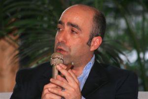 G__Bruno_False_Apparenze_Terrazzo_Pellegrini_CS_12_05_2010_(108)