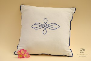 Decorative 100% Cotton Throw Pillow ideal for your sofa or armchair