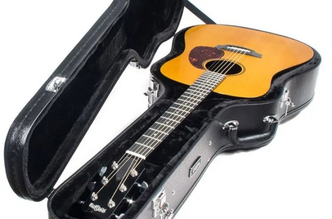 Acoustic Guitar Rainsong Giveaway
