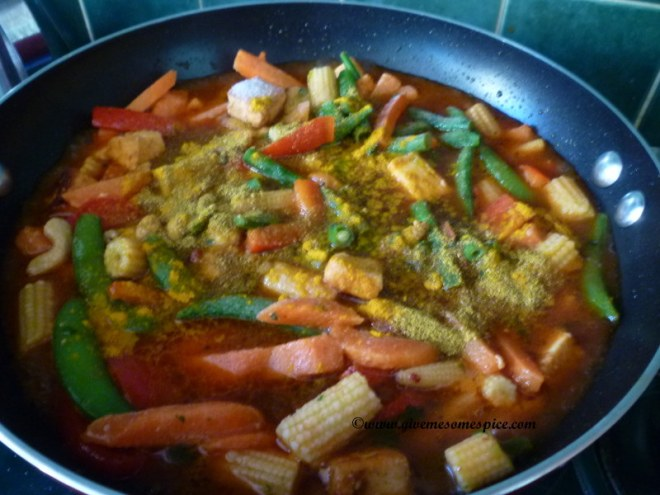 how to cook mixed vegetable with steam fried noodles