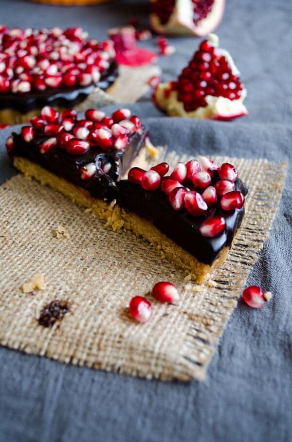 No-Bake Chocolate Pomegranate Tart | giverecipe.com | #tart #chocolate #pomegranate #fall