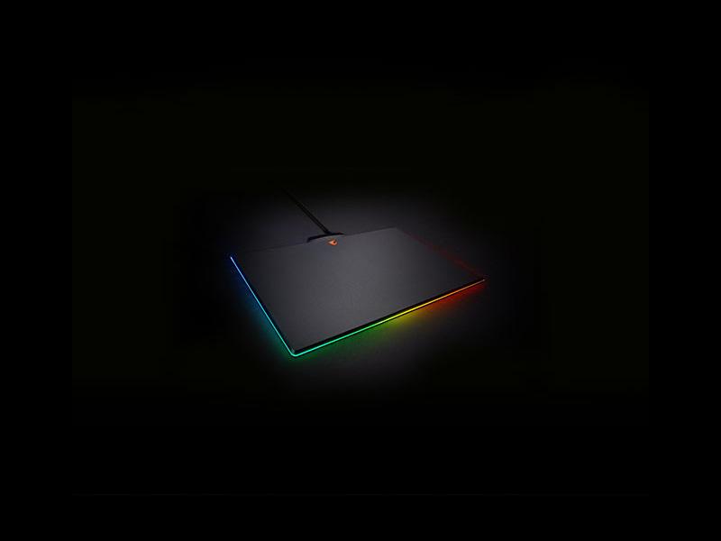 Nueva alfombrilla gaming Aorus P7 RGB de Gigabyte