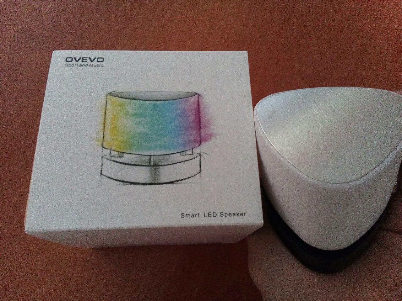 Ovevo Fantasy Pro Z1: Altavoz Bluetooth con mucho color.