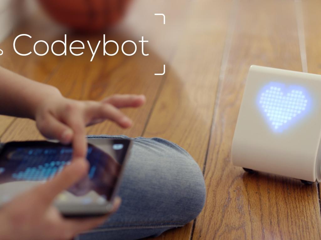 Codeybot enseña a los niños a programar