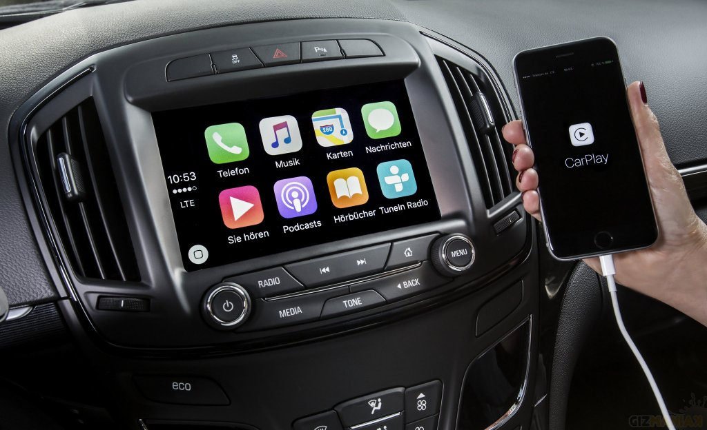 Apple CarPlay /Fot. opelblog, Flickr.com, CC