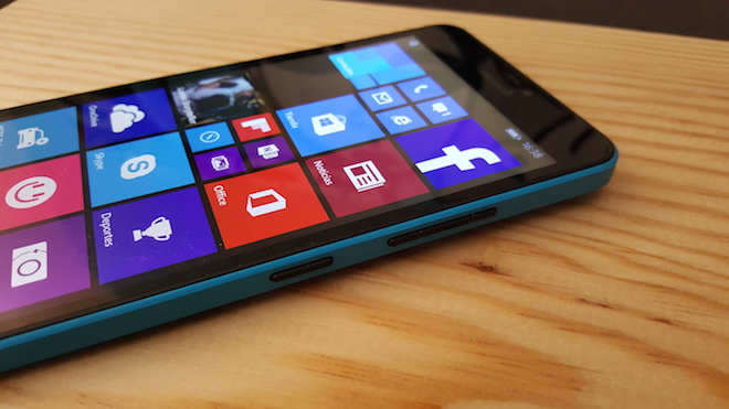 Lumia 640 XL diseño