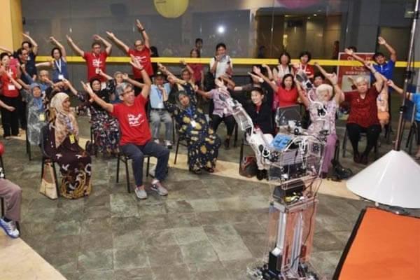 Robocoach: Adultos mayores ya poseen entrenador personal