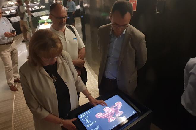 """Samsung y el Museo del Prado presentan la app de """"El Tesoro del Delfín"""""""