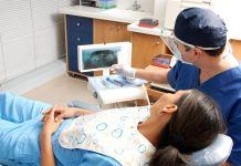 Dentistas usan gafas de realidad aumentadas