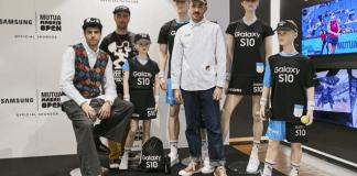Los uniformes reinterpretan el carácter del nuevo Samsung Galaxy S10 y hacen alusión al tenis con detalles estampados en una original propuesta