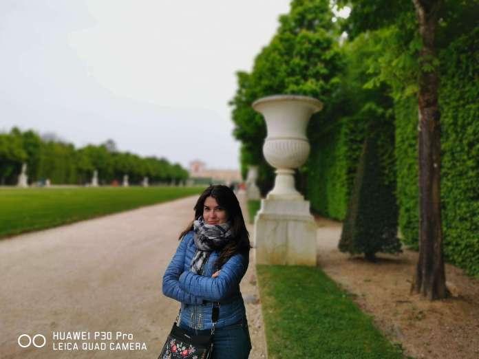 Foto retrato hecha con el Huawei P30 Pro donde se aprecian distintos niveles de profundidad en la imagen