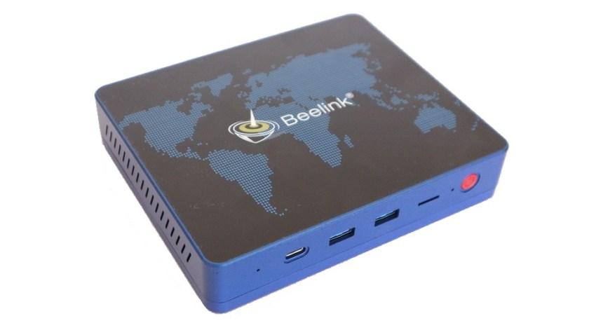 El aparato está disponible tanto en azul como en negro