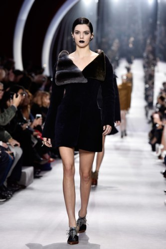 Christian+Dior+Runway+Paris+Fashion+Week+Womenswear+YNoXOHm6HWyl