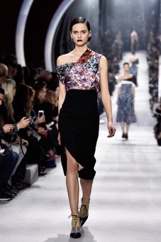Christian+Dior+Runway+Paris+Fashion+Week+Womenswear+mqG23NcVl6Ol