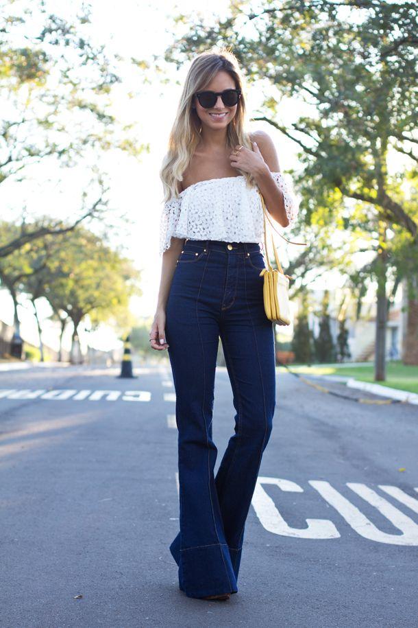 A calça flare é um dos exemplos de peças que voltam do passado repaginadas e fazem sucesso. Confira alguns modelos pra se inspirar!