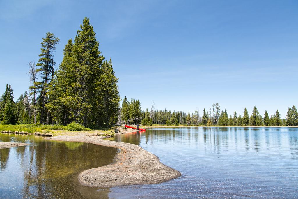 Yellowstone Lewis Lake