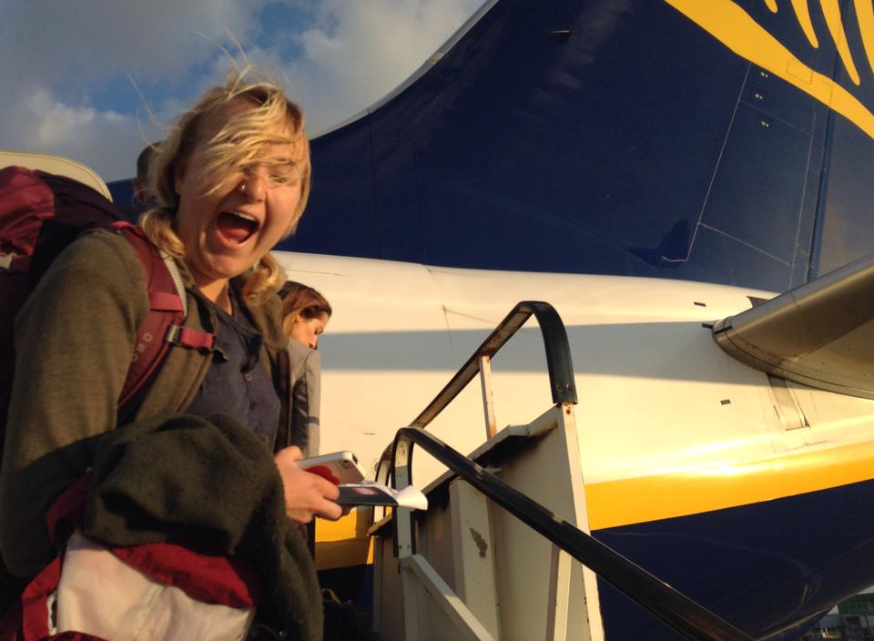 Getting on a Ryanair flight with my Osprey Kyte