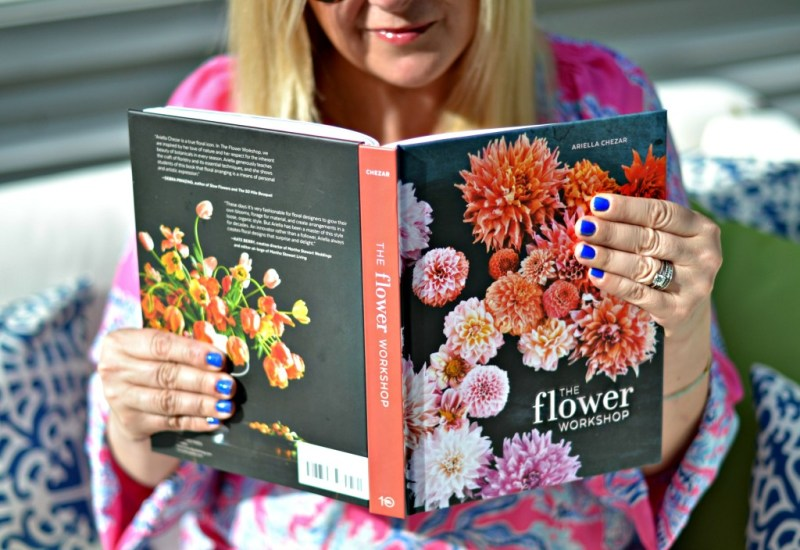 The Flower Workshop: EASIEST step by step directions on floral arrangement | GlamKaren.com