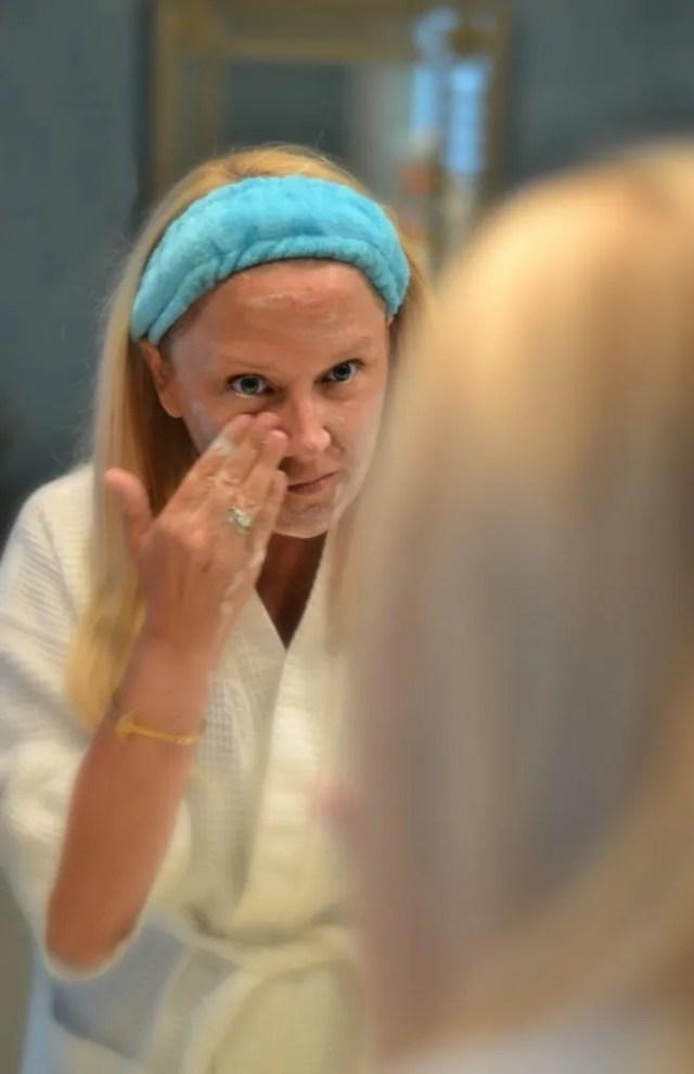 soap free cleanser - Eve Skincare review | GlamKaren.com