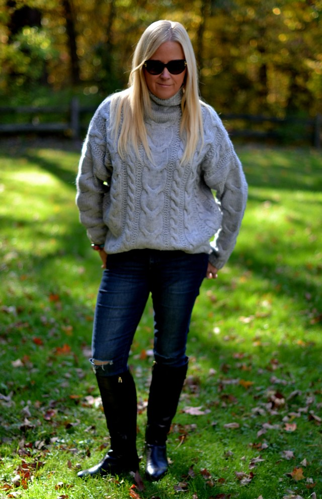 Perfect Grey Sweater for Fall & Winter | GlamKaren.com