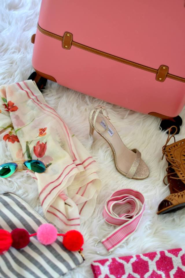 Best Way to Pack a Suitcase like a Pro | GlamKaren.com
