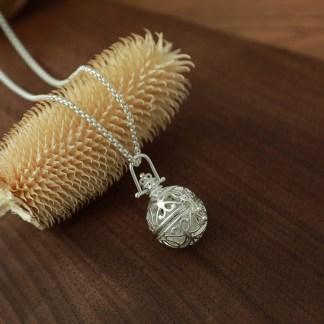 Halskette Kugelanhänger Bergkristall
