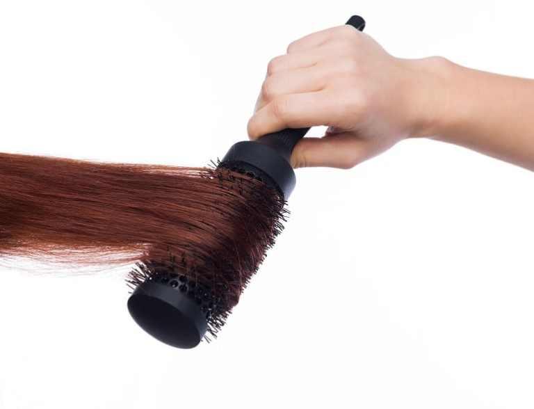 Wärmeluftbürste Haare