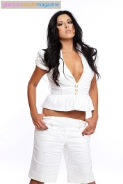 Denver Glamour Model Camila white on white