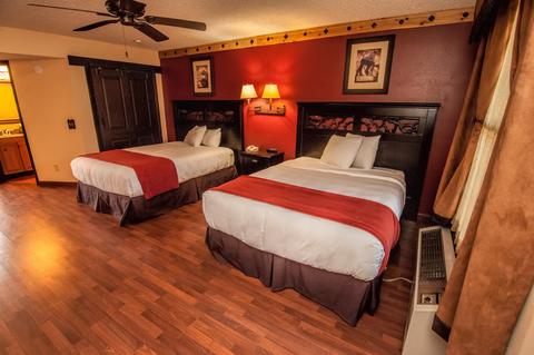 2241284-Westgate-River-Ranch-Resort-amp-Rodeo-Guest-Room-8-DEF