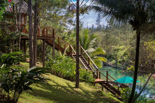 blancaneaux-lodge-honeymoon-cabana