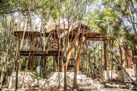 Glamping review of the treehouse at Papaya Playa in Mexico by Kristen Kellogg 7048