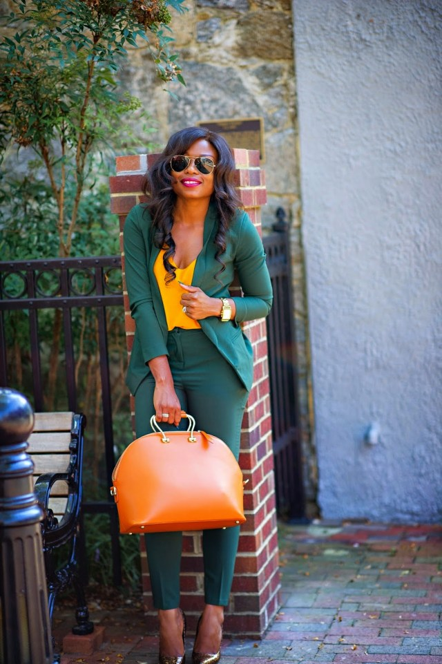 Asos-cigarette-pants-in-crepe-and-green-suit