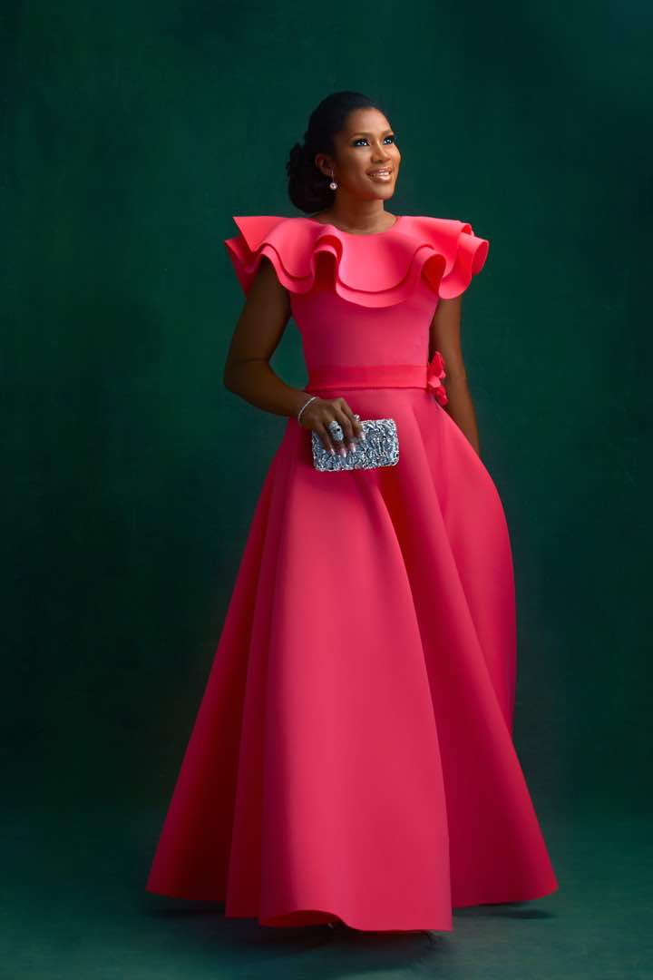 Stephanie Linus Elegant In Pink
