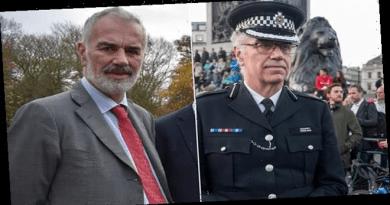 Scotland Yard Commander