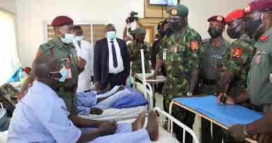 Buratai Visits Recuperating Soldiers