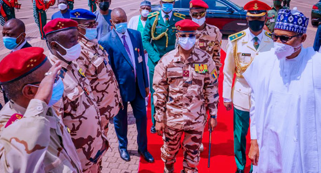 Buhari Meets With Chad's Transitional President, Mahamat Deby
