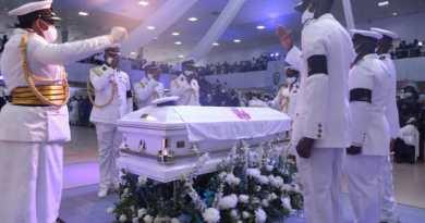 Pastor Dare Adeboye Buried