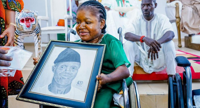 Physically Challenged Artist, Abosede Gets US Scholarship Courtesy Osinbajo