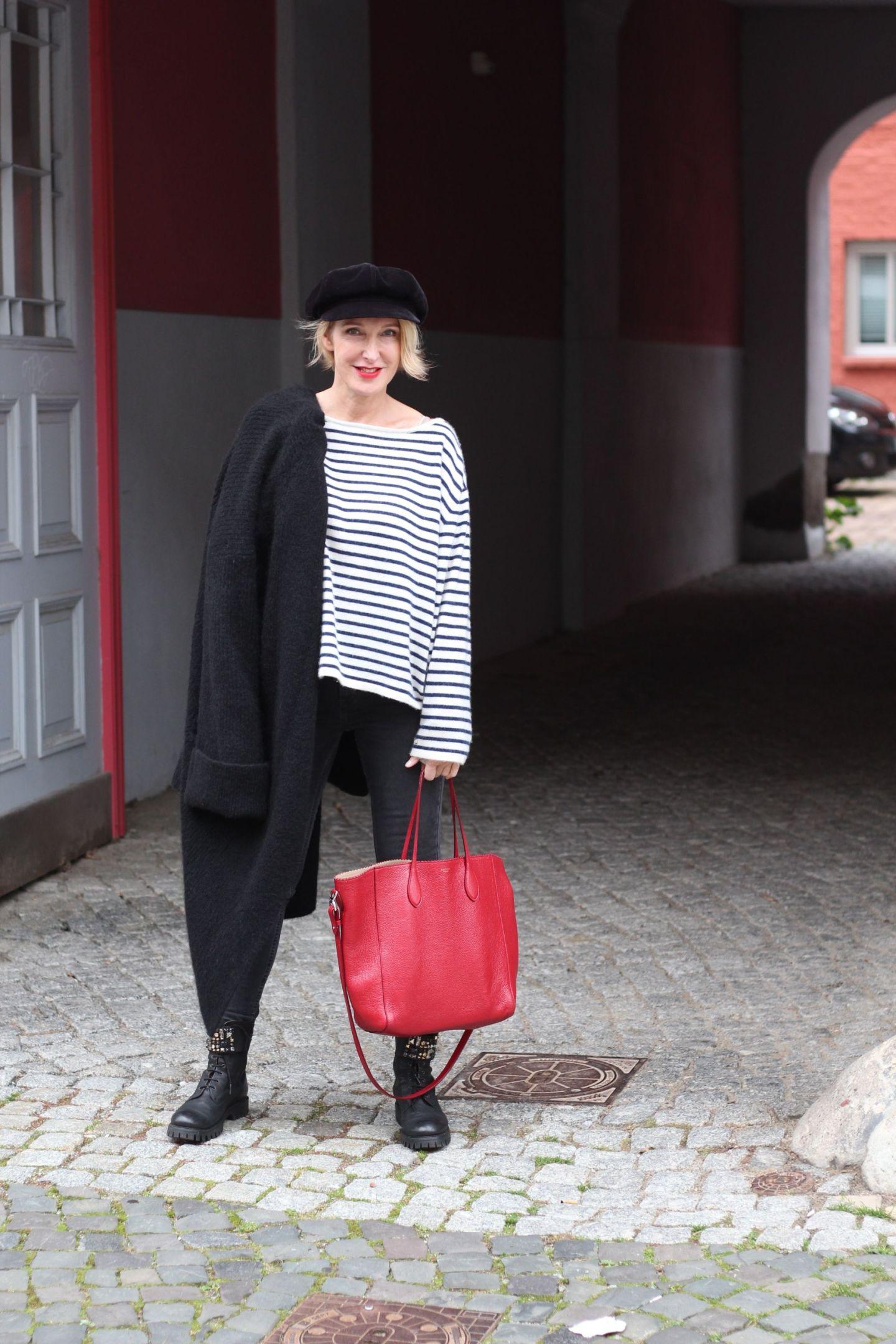 glamupyourlifestyle ue40-blog ue40-mode victoria-beckham Ringelpullover neyo-fashion rote-tasche kleidungsstil-ue40