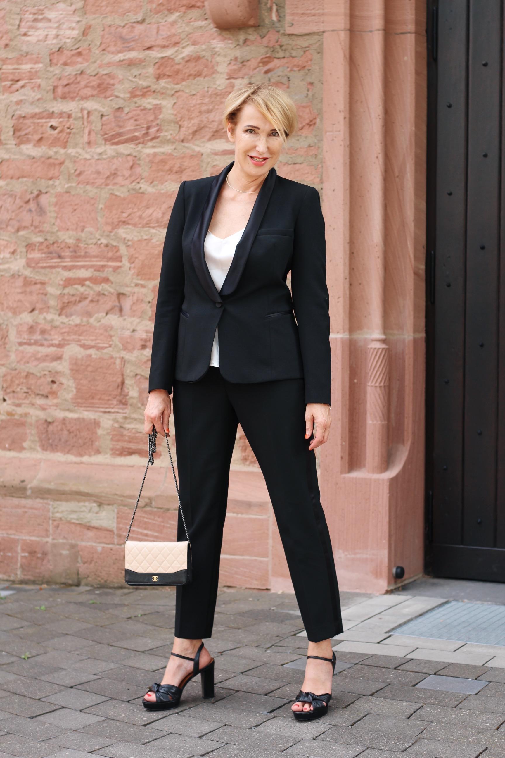 glamupyourlifestyle damen-smoking smoking Damen-Anzug Tuxedo ü-40-blog ue-50-blog Anzug