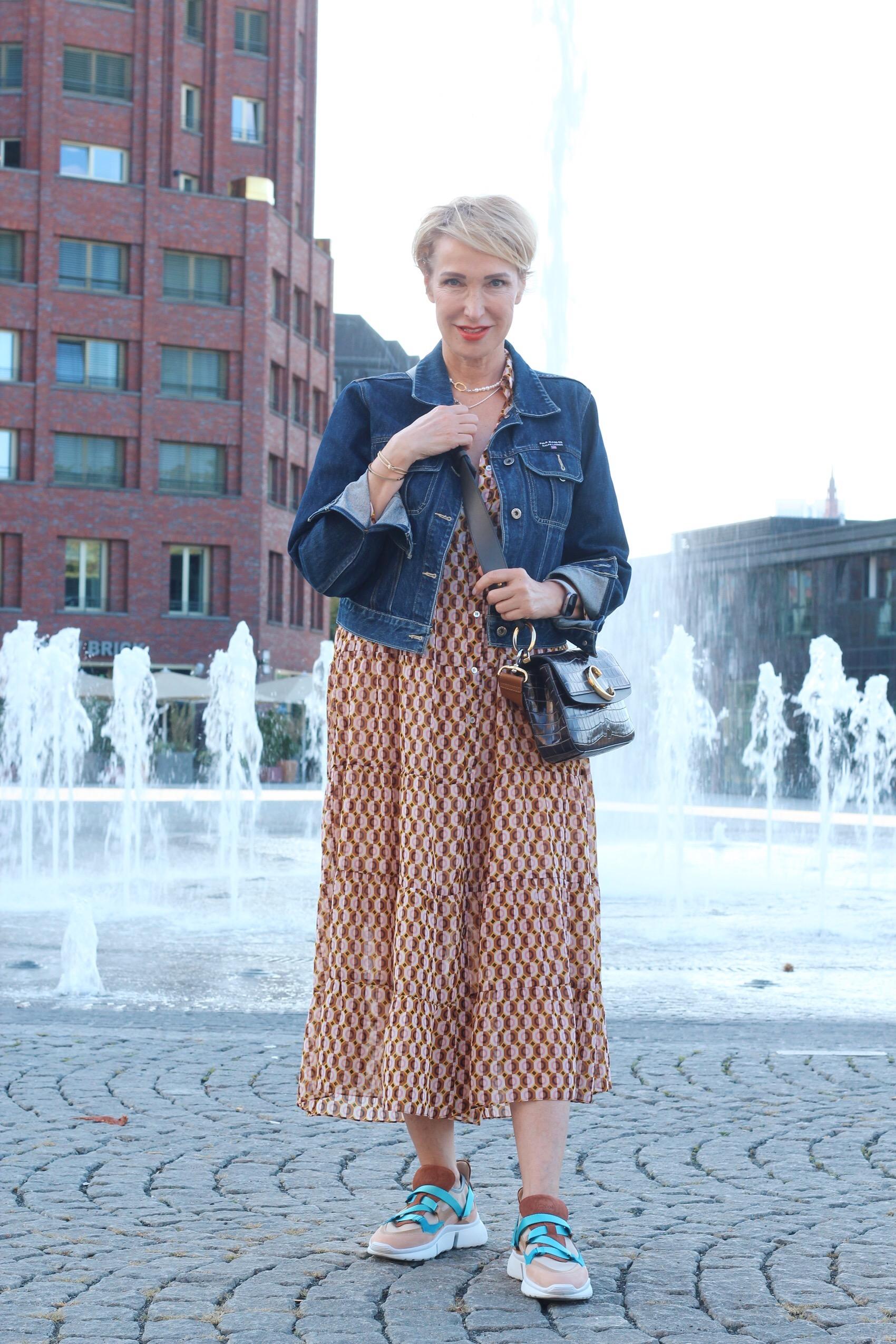 glamupyourlifestyle zara zara-kleid it-pieces Instagram ue-40-blog ü-50-blog ü-40-blog Midi-Kleid